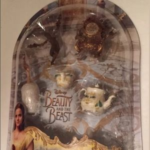NIB Disney Beauty & the Beast Castle Friends
